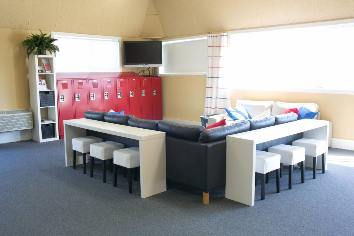 Main building lounge area of Skydive Snohomish with red lockers.